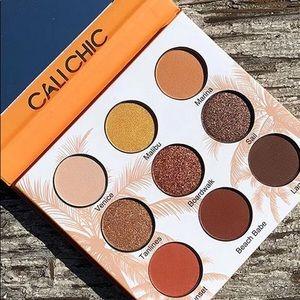 FINAL-BNIB Cali chic beauty creations palette
